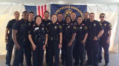 Dallas Police Department delivers meals to homebound seniors