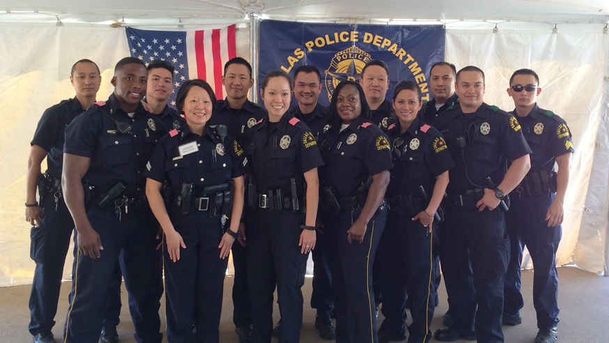 Dallas Police Department Delivers Meals To Homebound