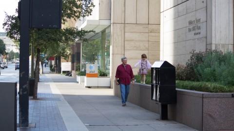 UTA Institute of Urban Studies to investigate walkability of downtown Dallas
