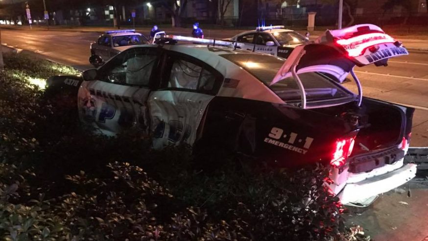 Dallas Police Officer protects driver from dangerous crash
