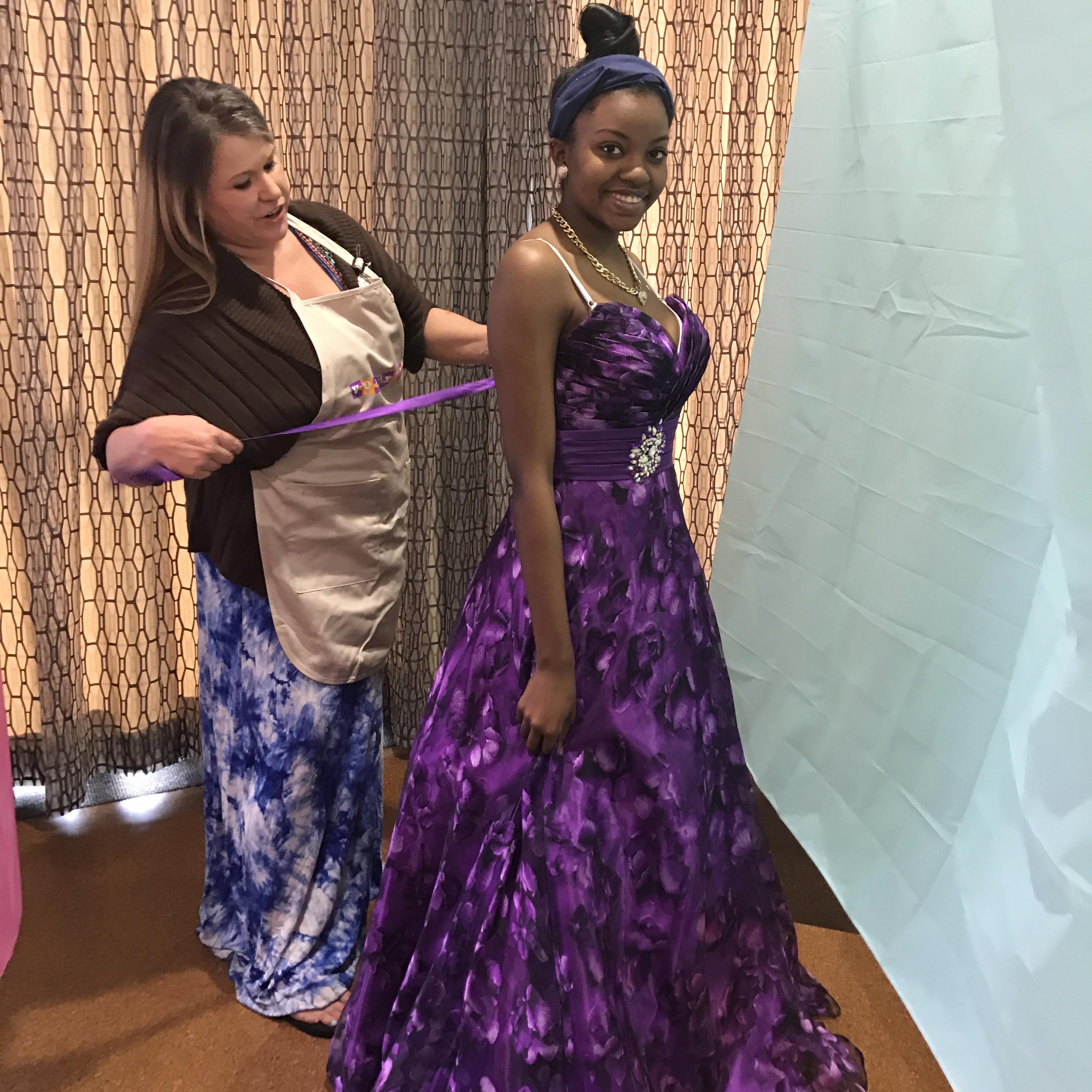 Prom Dreams Come True With The Dallas Public Library Dallas City News